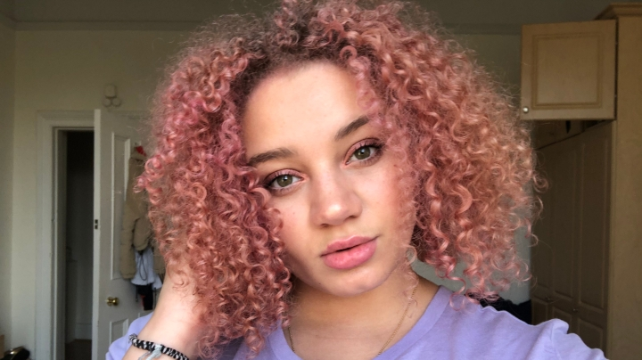 Dying My Curly Hair Pink|Style